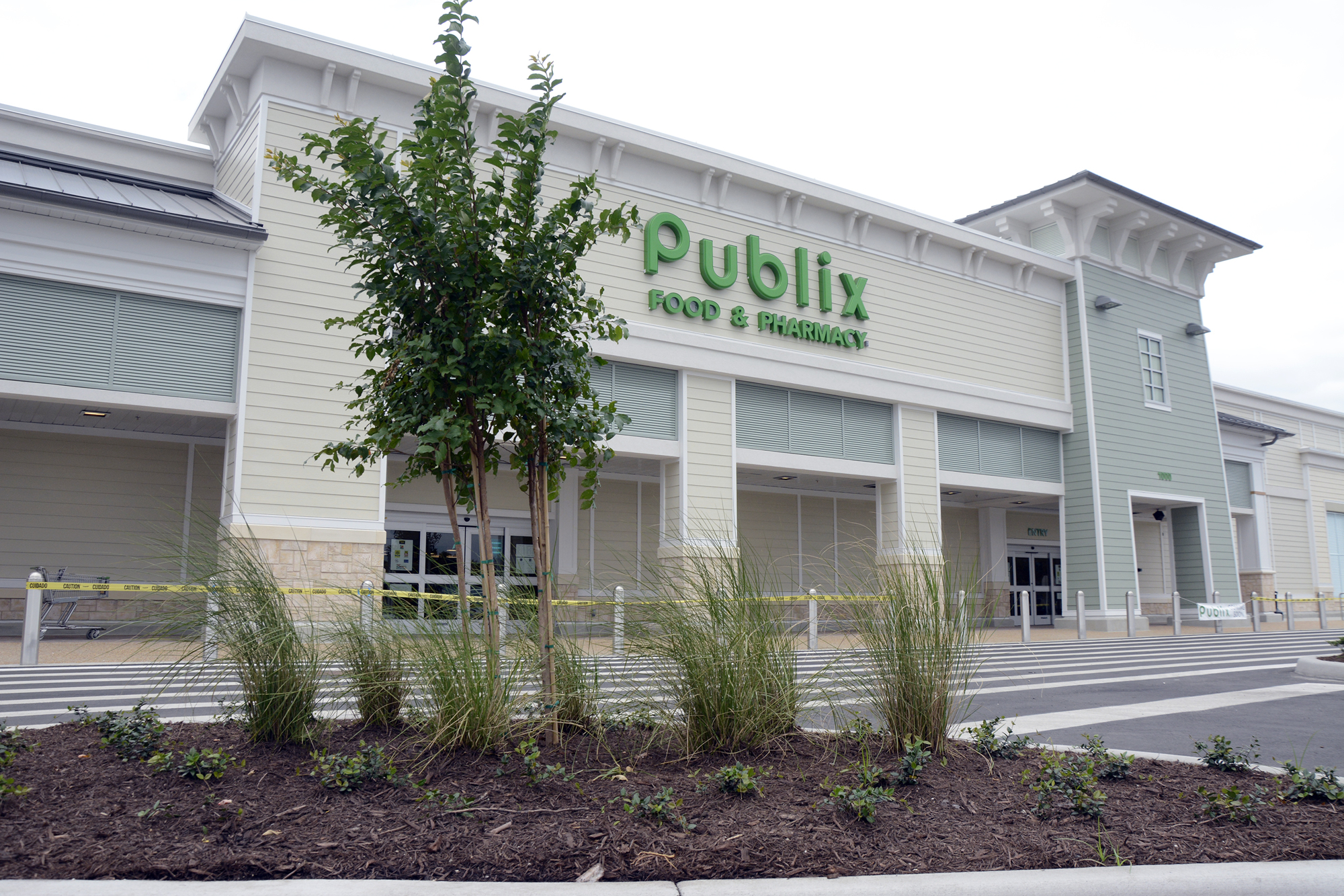 Grand Opening For Publix At Island Walk Will Be Held