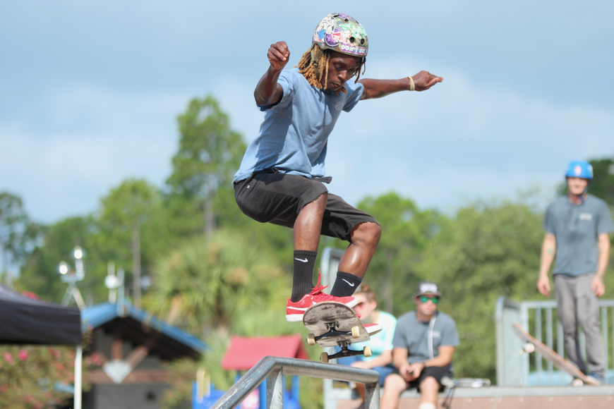 Maui Nix skater Jackie Harris grinds on a rail at Ralph Carter Park. Photo by Ray Boone