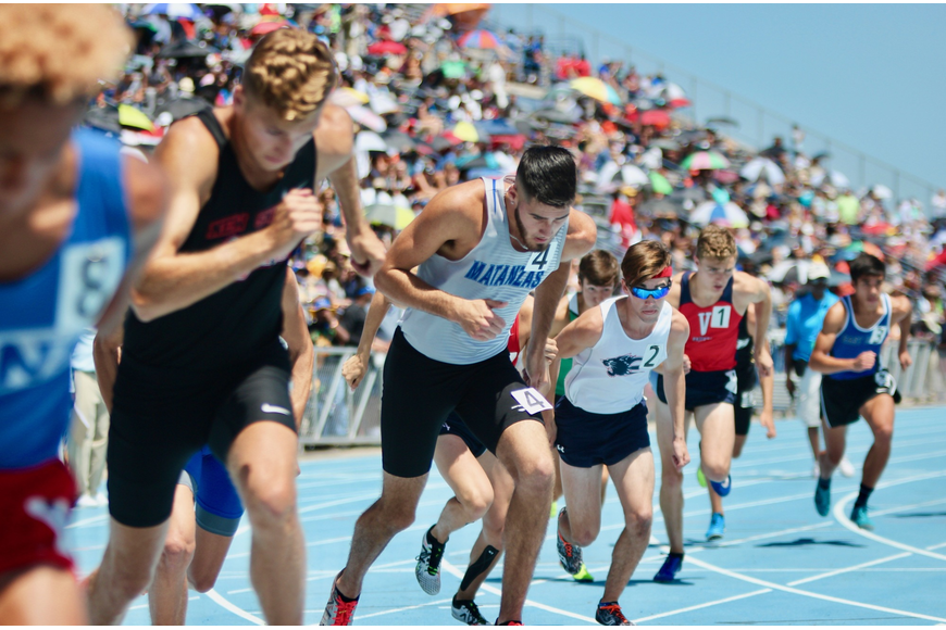 Matanzas' Jacob Miley starts the 800-meter run. Photo by Ray Boone