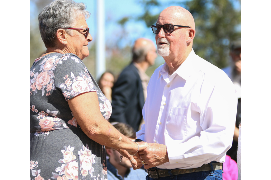 Rochelle and Bill Sample got married 18 years ago at the Bunnell Courthouse. On Feb. 14, they renewed their vows at the Flagler County Courthouse. Photo by Paige Wilson