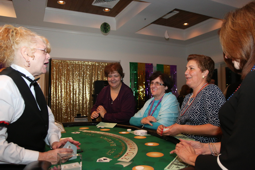 Lee Filipe, Inna Shevchenko, Isabel Conde and Maria Lavin-Sanhudo enjoy casino games. Photo by Paige Wilson